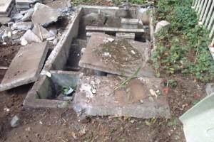 122.解体工事の際の浄化槽撤去の方法は?