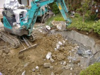 28.解体99では、解体工事にプラスして庭の池の撤去も行います